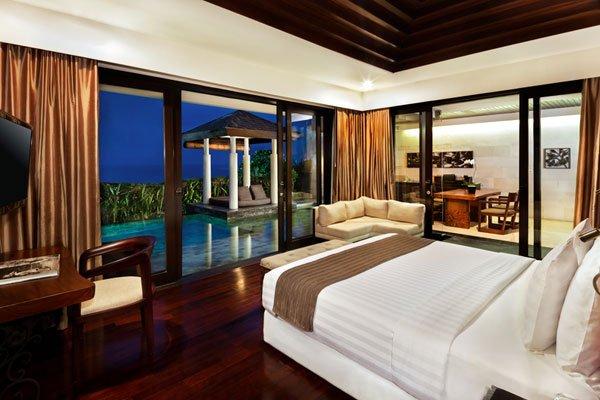 Luxury Accommodation In Seminyak Bali The Beach Resort