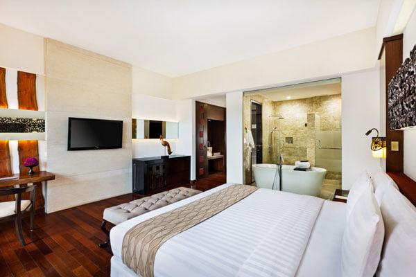 Luxury accommodation in Seminyak, Bali   The Seminyak Beach Resort